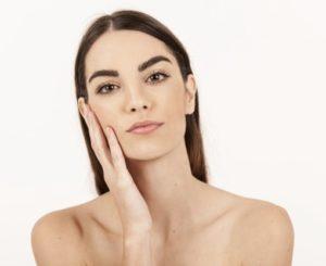 fugtig hud uden rynker